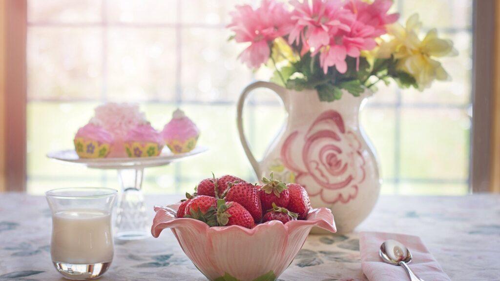 strawberries 783351 1920